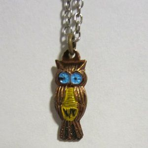 VINTAGE Petite  Enameled Copper Owl Necklace